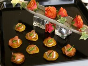 smoked salmon on avocado blini